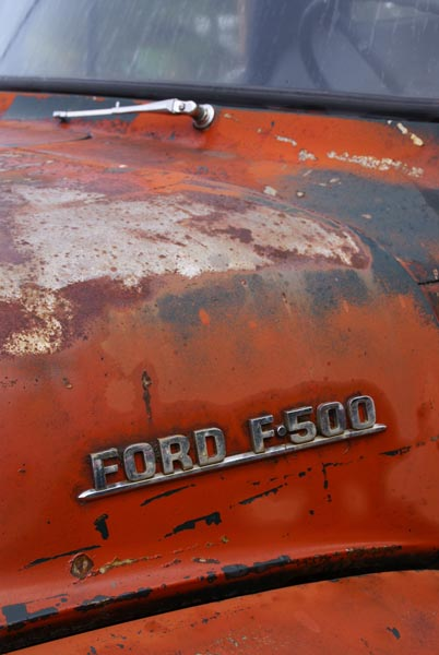 Picture of Rust covered car - Free Pictures - FreeFoto.com