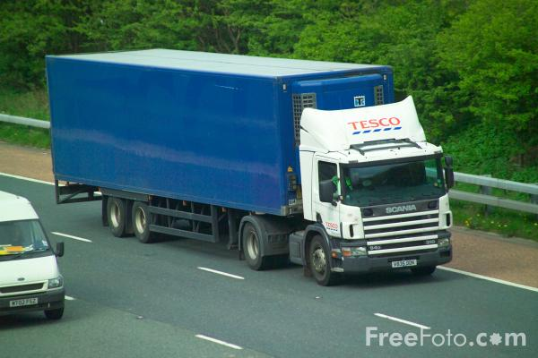 Picture of Lorry - Free Pictures - FreeFoto.com