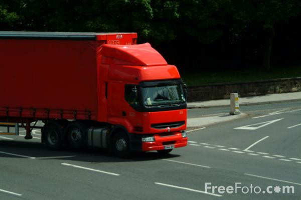 Picture of Articulated Lorry - Free Pictures - FreeFoto.com