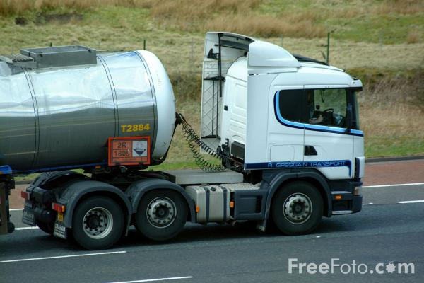 Picture of Tanker - Free Pictures - FreeFoto.com