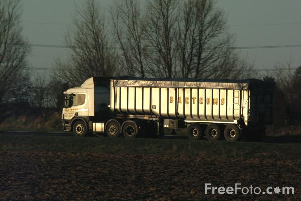 Picture of Truck - Free Pictures - FreeFoto.com