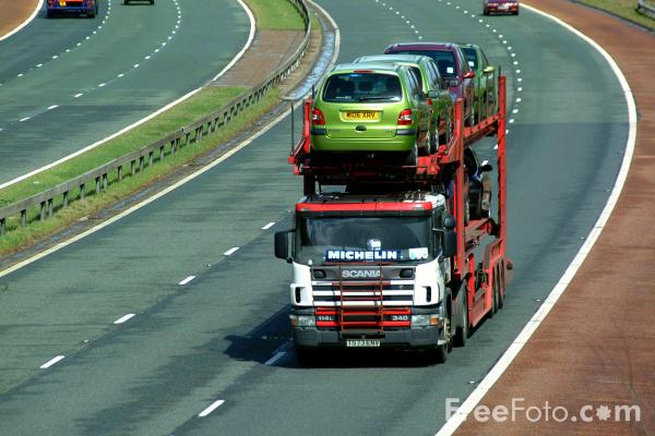 Picture of Car Transporter - Free Pictures - FreeFoto.com