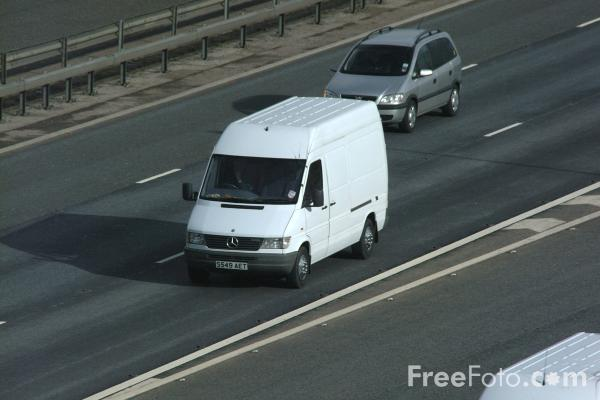 Picture of White Van - Free Pictures - FreeFoto.com