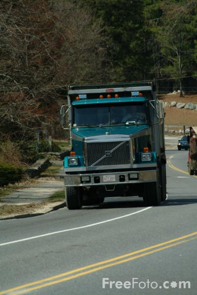 Picture of American Dumper Truck - Free Pictures - FreeFoto.com
