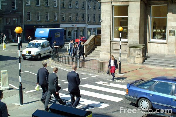 Picture of Pedestrian Crossing - Free Pictures - FreeFoto.com