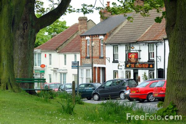 Picture of Impact of cars on our rural environment - Free Pictures - FreeFoto.com