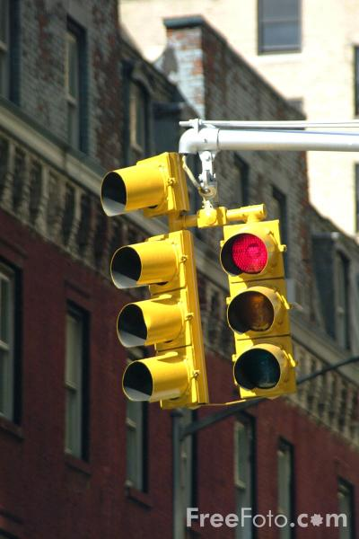 Picture of Red Traffic Lights - Free Pictures - FreeFoto.com