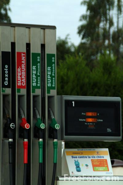 Picture of French Petrol Station - Free Pictures - FreeFoto.com