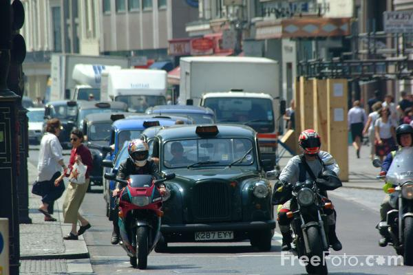 Picture of Taxi, London - Free Pictures - FreeFoto.com