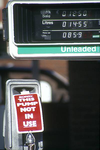Picture of Petrol Bloackade - Free Pictures - FreeFoto.com