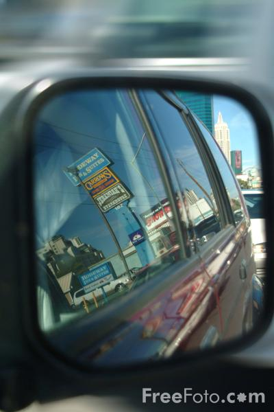 Picture of Auto Door Mirror - Free Pictures - FreeFoto.com