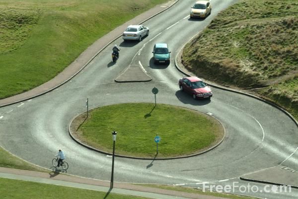 Picture of Roundabout - Free Pictures - FreeFoto.com