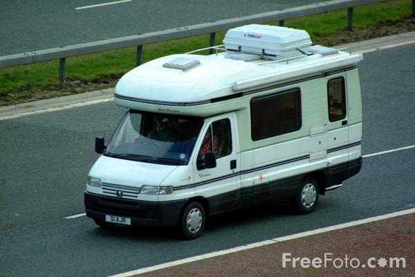 Picture of Recreational Vehicle - Free Pictures - FreeFoto.com