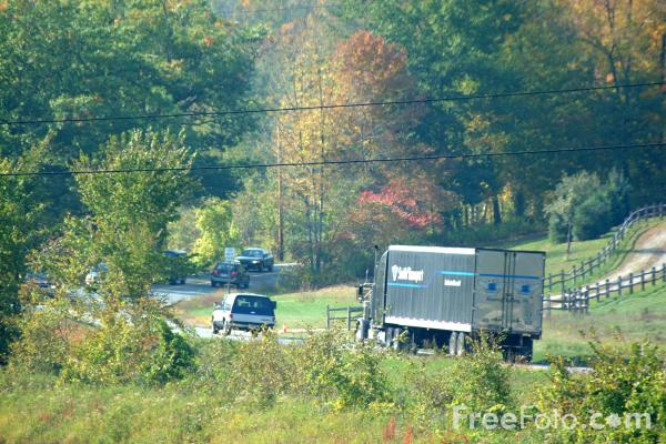 Picture of Country Road, Vermont - Free Pictures - FreeFoto.com