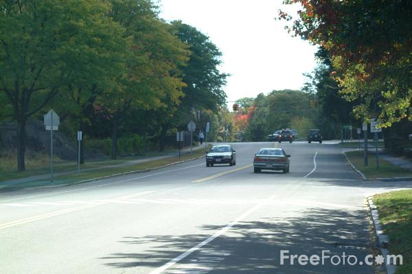 Picture of Traffic, Lexington, Massachusetts - Free Pictures - FreeFoto.com