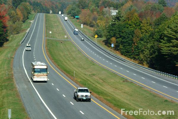 Picture of Dual-carriageway, Vermont - Free Pictures - FreeFoto.com