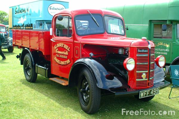 Picture of WFF499 Bedford K-Type Dropside Lorry - Free Pictures - FreeFoto.com
