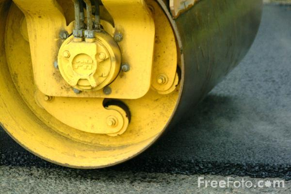 Picture of Bomag BW120AD-3  compact tandem vibratory roller - Free Pictures - FreeFoto.com