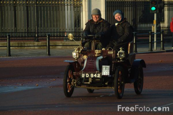Picture of 1902 Peugeot  BD 842  - London to Brighton Veteran Car Run - 2002 - Free Pictures - FreeFoto.com