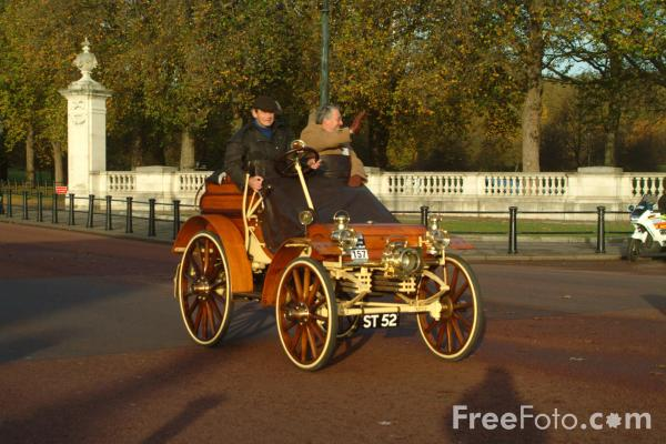Picture of 1902 Arrol-Johnston  ST 52  - London to Brighton Veteran Car Run - 2002 - Free Pictures - FreeFoto.com
