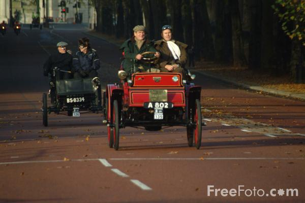 Picture of 1902 Albion  A 802  - London to Brighton Veteran Car Run - 2002 - Free Pictures - FreeFoto.com
