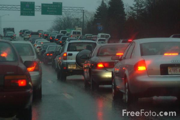 0 Apr Car >> Traffic in the Rain pictures, free use image, 21-85-43 by FreeFoto.com