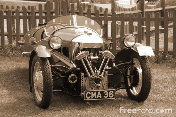 Picture of Vintage Car - Free Pictures - FreeFoto.com