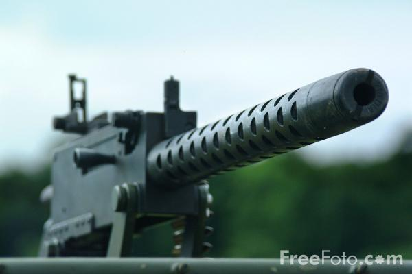Picture of U.S. Army Machine Gun - Free Pictures - FreeFoto.com