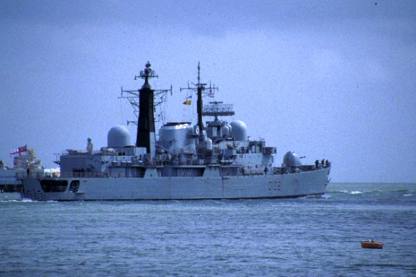 Picture of HMS Cardiff - a type 42 Destroyer, Portsmouth - Free Pictures - FreeFoto.com