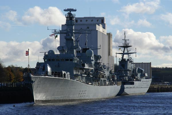 Picture of HMS Monmouth and HMS Mersey - Free Pictures - FreeFoto.com