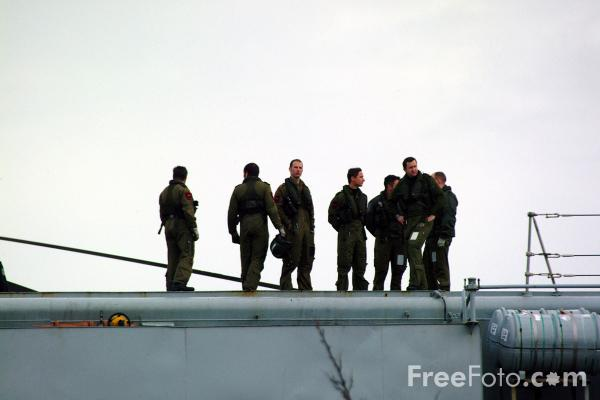 Picture of Flight Crew, Aircraft carrier HMS Invincible - Free Pictures - FreeFoto.com