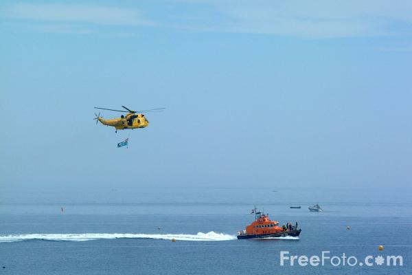 Picture of Sea King helicopter - Free Pictures - FreeFoto.com