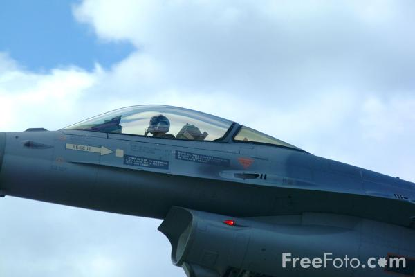 Picture of Belgium Air Force F-16A Falcon - Free Pictures - FreeFoto.com
