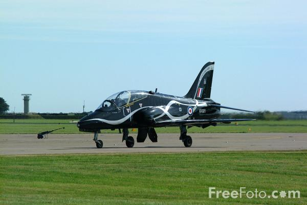 Picture of RAF Hawk T1 advanced flying and tactical weapons training aircraft - XX320, 19 Squadron, RAF Valley - RAF Leuchars Airshow - Free Pictures - FreeFoto.com