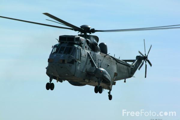 Picture of Royal Navy Sea King Mk.2 Airborne Early Warning (AEW) Helicopter, RAF Leuchars Airshow - Free Pictures - FreeFoto.com