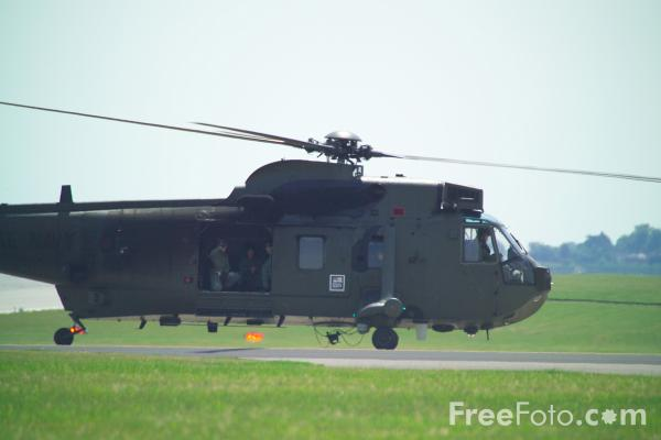 Picture of Royal Navy Sea King Helicopter - Free Pictures - FreeFoto.com