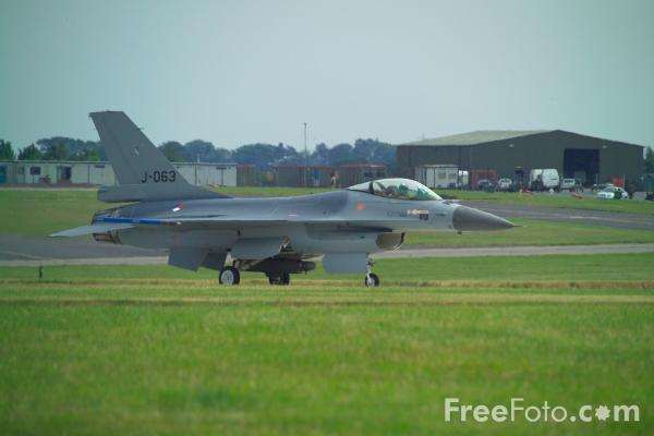 Picture of RNLAF F-16BM Fighting Falcon - Free Pictures - FreeFoto.com
