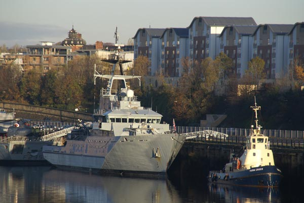 Picture of HMS Mersey - Free Pictures - FreeFoto.com