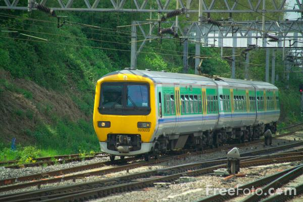 Picture of Central Trains Class 3 - Free Pictures - FreeFoto.com