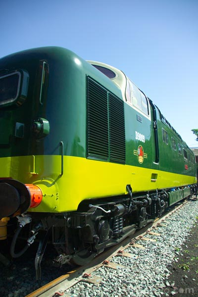 Picture of Class 55 Deltic locomotive No D9009 Alycidon. - Free Pictures - FreeFoto.com