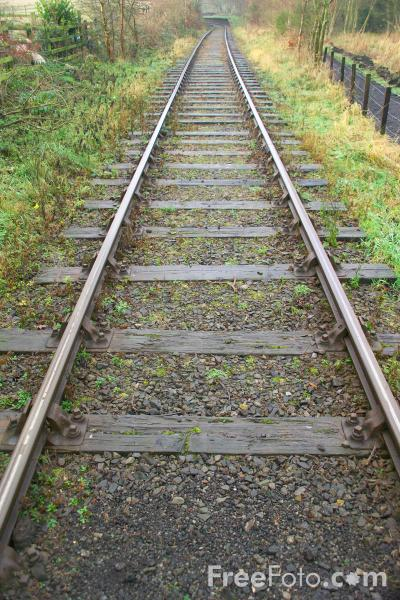 Picture of Railway track - Free Pictures - FreeFoto.com