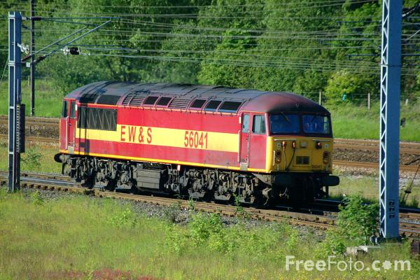 Picture of EWS Class 56 56041 enters Tyne Yard - Free Pictures - FreeFoto.com