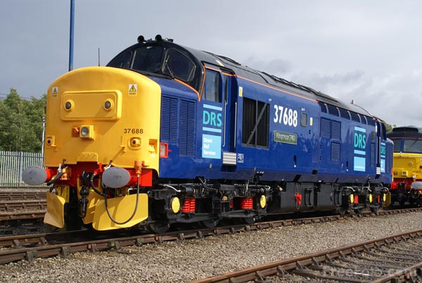 Picture of Direct Rail Services DRS Class 37 37688 Kingmoor TMD - Free Pictures - FreeFoto.com