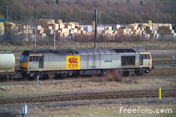 Picture of EWS Class 60 freight locomotive - Free Pictures - FreeFoto.com