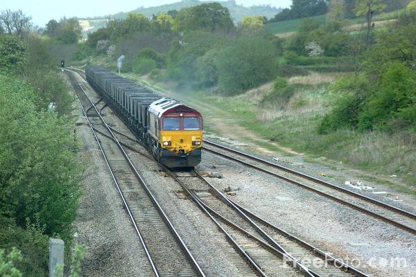 Picture of EWS Class 66 on a MGR coal train near Gloucester - Free Pictures - FreeFoto.com