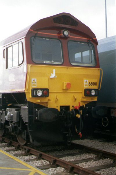 Picture of EWS Class 66 001 at Doncaster Railfest 1998 - Free Pictures - FreeFoto.com
