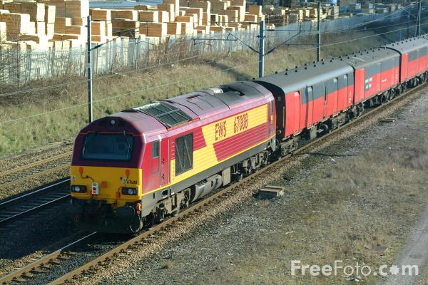 Picture of EWS Class 67008 passing Tyne Yard - Free Pictures - FreeFoto.com
