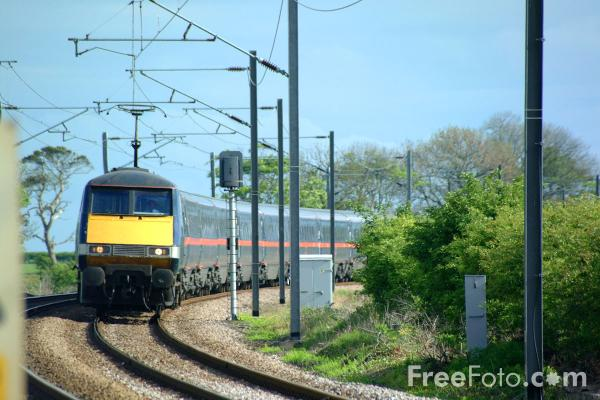 Picture of GNER 225 in Northumberland - Free Pictures - FreeFoto.com