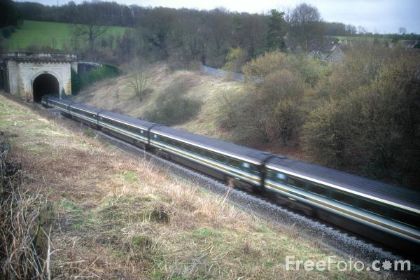 Picture of First Great Western HST at Box Tunnel - Free Pictures - FreeFoto.com