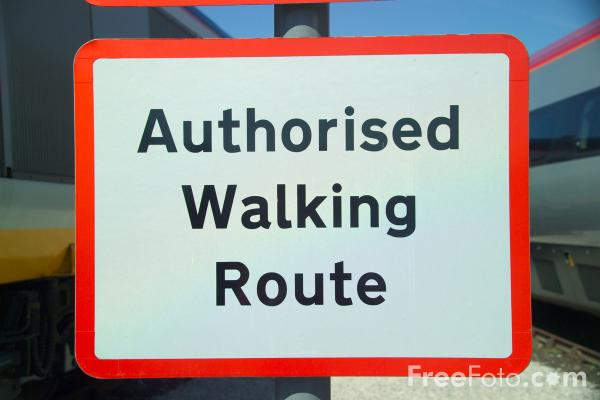 Picture of Authorised Walking Route Sign - Free Pictures - FreeFoto.com